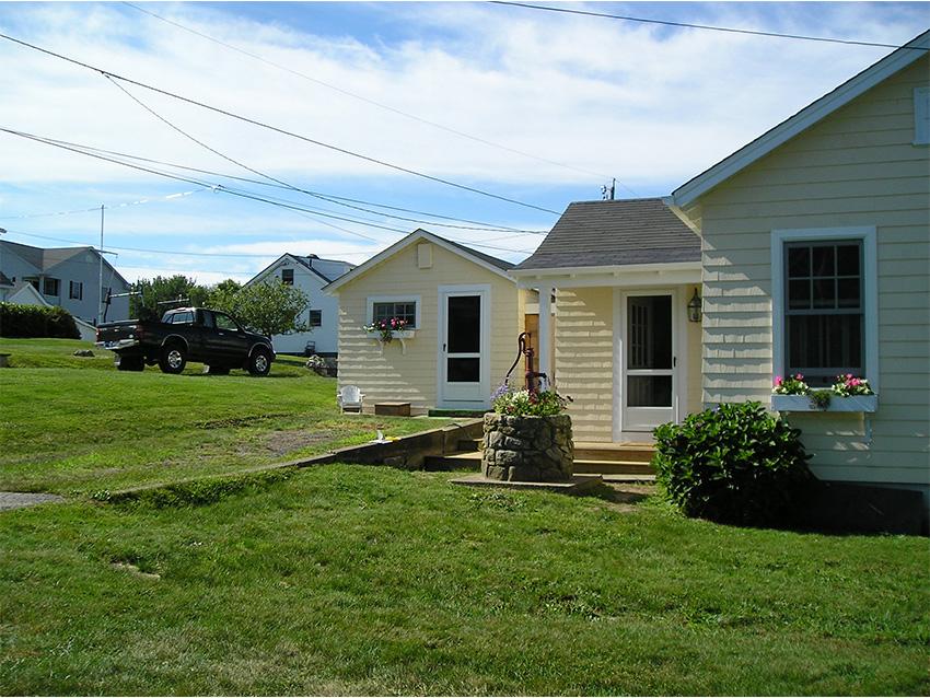 Clark Farms Services Residential Landscape 0000s 0004 P8110617